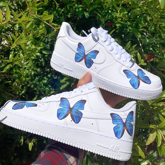 air force one with butterflies